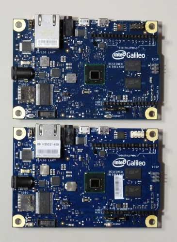 2バージョンのGalileoの表面を並べた写真