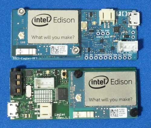 インテル株式会社版Eagletとスイッチサイエンス版Eagletを並べた写真