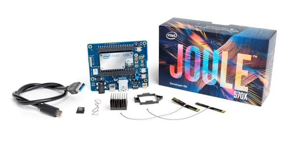 Intel Joule Development Kit 570X(写真)